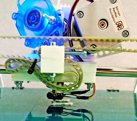 3D 打印机图片。